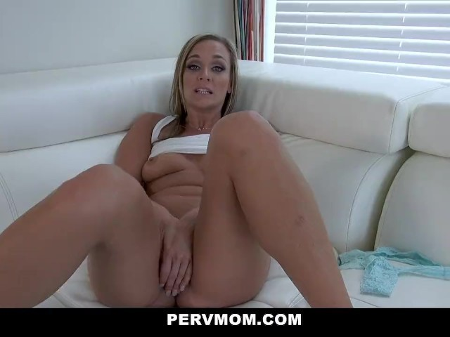 Hot Blonde Pornstar Creampie